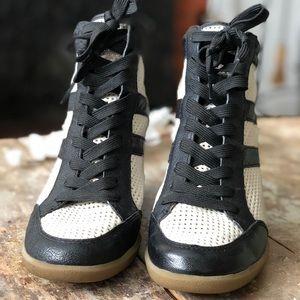 47d6de888af9 Sam Edelman Shoes - Sam Edelman Bolton Leather Lace Up Wedge Sneakers